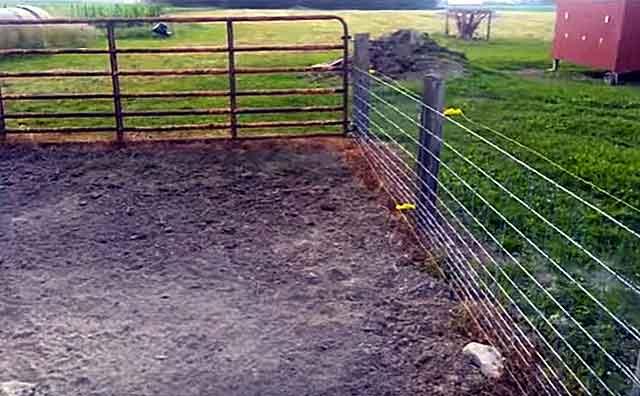 Забор должен быть крепким